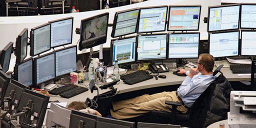 Trader là gì? Nhiệm vụ của Trader là gì? Có các kiểu Trader nào?