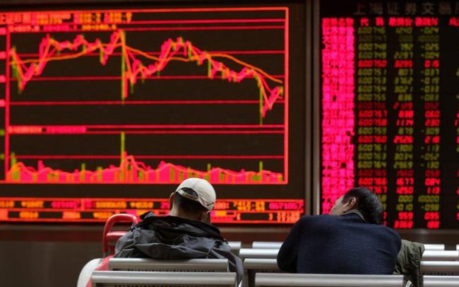 Có nên bán tháo trên thị trường chứng khoán?