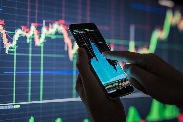 Các trang web ứng dụng chứng khoán nào tốt nhất cho nhà đầu tư?