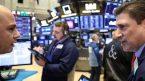 Thị trường hợp đồng tương lai Mỹ ít biến động; dồn chú ý vào phiên điều trần của Chủ tịch Fed.