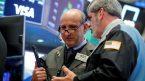 Dow Jones giảm điểm khi cổ phiếu công nghệ và tiêu dùng giảm