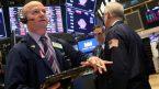 S&P500 giảm, mất đà tăng 3 ngày liên tiếp; Cổ phiếu năng lượng và công nghệ giảm