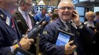 S&P500 đóng cửa trên mức cao kỷ lục 4.000 khi các cổ phiếu công nghệ tăng mạnh